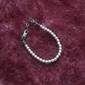 Other - Little girl pearl bracelet